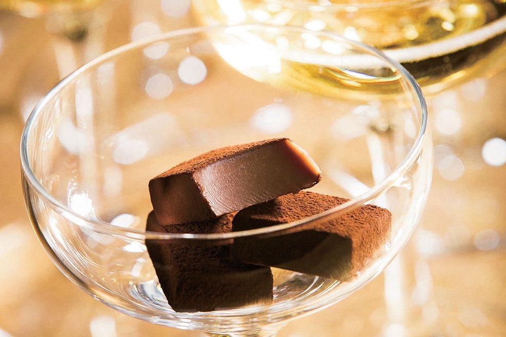 Нама шоколад «Шампанское (Pierre Mignon)»